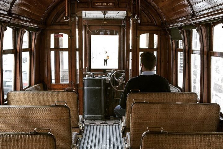 pictury-photo-tours-tram-ribeira-porto-portugal