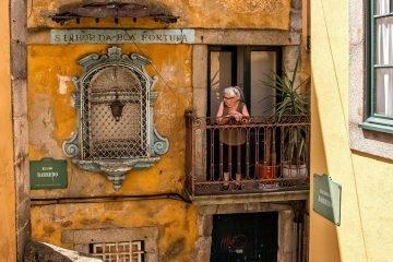 Pictury Photo Tours - Porto Ribeira, Portugal