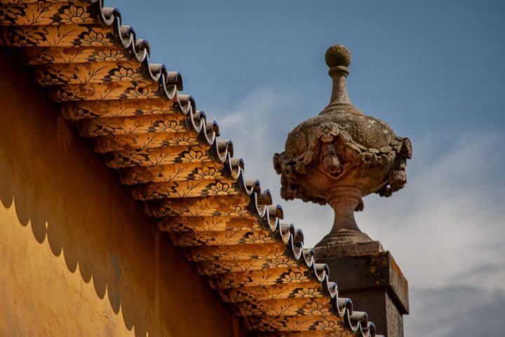 A roof with old tiles in Porto