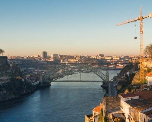 Airbnb Porto Photo Tour