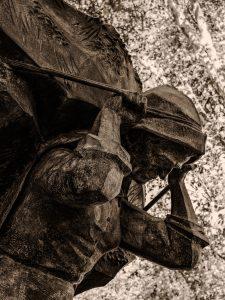 Estátua das Carquejeiras
